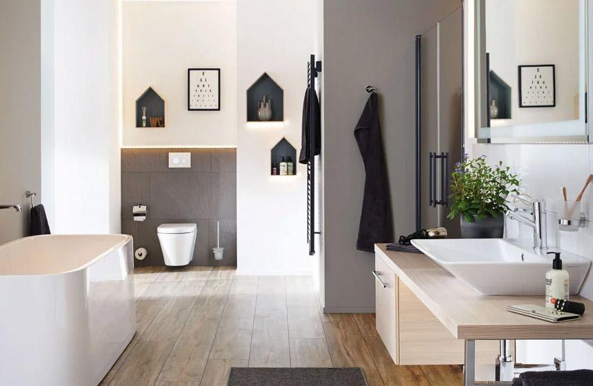 Indirekte Beleuchtung im Badezimmer