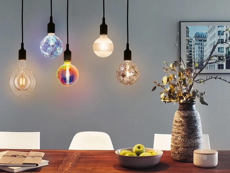 Dekorative bunte Leuchtmittel